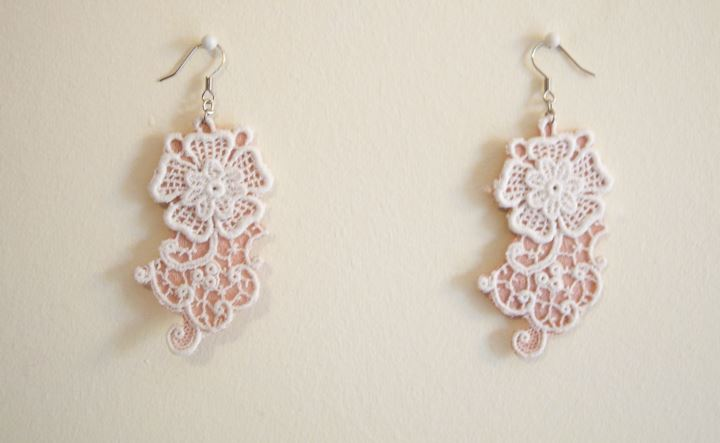 lace floral earrings